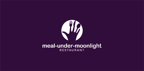 meal-under-moonlight